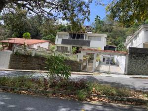 Casa En Ventaen Caracas, Santa Paula, Venezuela, VE RAH: 21-1311