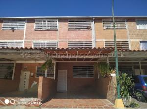 Townhouse En Ventaen Guatire, Bonaventure Country, Venezuela, VE RAH: 21-1385