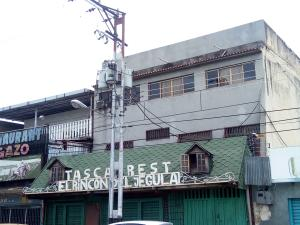 Edificio En Ventaen Maracay, Santa Ana, Venezuela, VE RAH: 21-1340