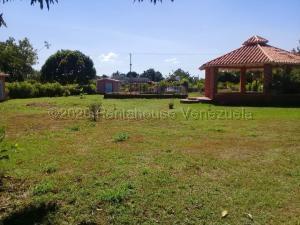 Terreno En Ventaen Municipio Libertador, Safari Carabobo, Venezuela, VE RAH: 21-1358