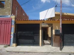 Local Comercial En Alquileren Barquisimeto, Centro, Venezuela, VE RAH: 21-1395