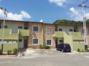 Apartamento En Ventaen Intercomunal Maracay-Turmero, Intercomunal Turmero Maracay, Venezuela, VE RAH: 21-1553