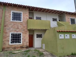 Apartamento En Ventaen Intercomunal Maracay-Turmero, La Providencia, Venezuela, VE RAH: 21-1561