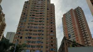 Apartamento En Ventaen Valencia, Las Chimeneas, Venezuela, VE RAH: 21-1574