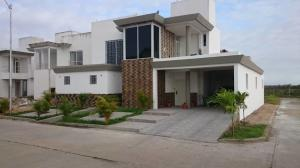 Casa En Ventaen Maturin, Maturin, Venezuela, VE RAH: 21-1578