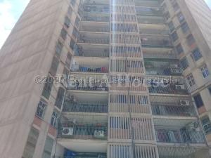 Apartamento En Ventaen Maracaibo, Padilla, Venezuela, VE RAH: 21-1631