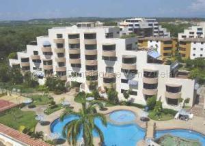 Apartamento En Ventaen Higuerote, Agua Sal, Venezuela, VE RAH: 21-2089