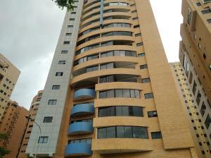 Apartamento En Ventaen Valencia, La Trigaleña, Venezuela, VE RAH: 21-1690