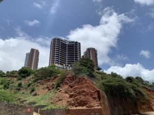 Apartamento En Ventaen Parroquia Caraballeda, La Llanada, Venezuela, VE RAH: 21-1707