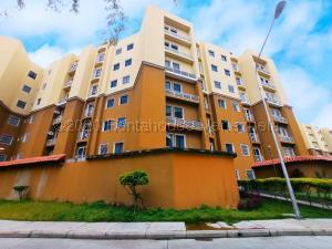 Apartamento En Ventaen Intercomunal Maracay-Turmero, Intercomunal Turmero Maracay, Venezuela, VE RAH: 21-1729