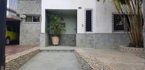 Casa En Ventaen Caracas, Colinas De Santa Monica, Venezuela, VE RAH: 21-1733