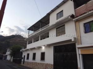 Casa En Ventaen Guatire, Valle Arriba, Venezuela, VE RAH: 21-1759