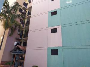 Apartamento En Ventaen Valencia, Los Caobos, Venezuela, VE RAH: 21-1755