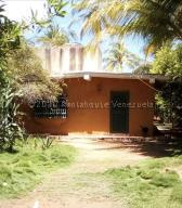 Casa En Ventaen Boca De Uchire, La Playa, Venezuela, VE RAH: 21-1758