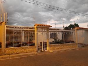 Casa En Ventaen Municipio Linares Alcantara, Las Amazonas, Venezuela, VE RAH: 21-1827