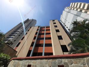 Apartamento En Ventaen Valencia, Las Chimeneas, Venezuela, VE RAH: 21-1835
