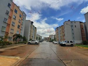 Apartamento En Ventaen Municipio San Diego, Terrazas De San Diego, Venezuela, VE RAH: 21-1845