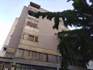 Apartamento En Ventaen Caracas, Parroquia La Candelaria, Venezuela, VE RAH: 21-1857