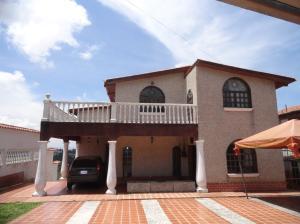 Casa En Ventaen San Antonio De Los Altos, Colinas De San Antonio, Venezuela, VE RAH: 21-1864