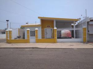 Casa En Ventaen Maracaibo, Las Lomas, Venezuela, VE RAH: 21-1866