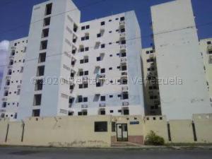 Apartamento En Ventaen Municipio Los Guayos, Paraparal, Venezuela, VE RAH: 21-1769