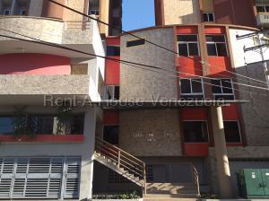 Apartamento En Ventaen Maracay, Los Caobos, Venezuela, VE RAH: 21-2345
