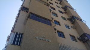 Apartamento En Ventaen Maracaibo, Valle Frio, Venezuela, VE RAH: 21-1899