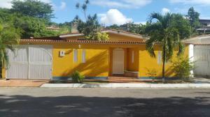 Casa En Ventaen Charallave, Charallave Country, Venezuela, VE RAH: 21-1904