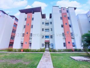 Apartamento En Ventaen Turmero, Conjunto Residencial Los Angeles, Venezuela, VE RAH: 21-1782