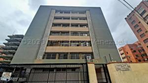 Apartamento En Ventaen Maracaibo, La Lago, Venezuela, VE RAH: 21-1954