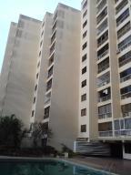 Apartamento En Ventaen Catia La Mar, Playa Grande, Venezuela, VE RAH: 21-1966