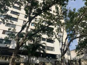 Apartamento En Ventaen Valencia, El Bosque, Venezuela, VE RAH: 21-2027