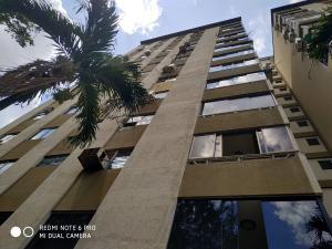 Apartamento En Ventaen Valencia, Valles De Camoruco, Venezuela, VE RAH: 21-1985
