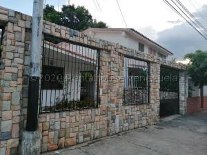 Casa En Ventaen Maracay, Fundacion Mendoza, Venezuela, VE RAH: 21-2002
