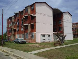 Apartamento En Ventaen Maracay, 13 De Enero, Venezuela, VE RAH: 21-2019
