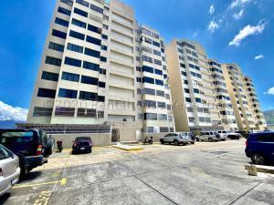 Apartamento En Ventaen Caracas, Municipio Baruta, Venezuela, VE RAH: 21-2536