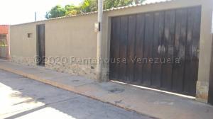 Casa En Ventaen Cumana, Nueva Cumana, Venezuela, VE RAH: 21-4034