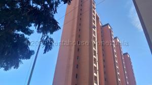 Apartamento En Ventaen Barquisimeto, Parroquia Santa Rosa, Venezuela, VE RAH: 21-2096