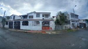 Casa En Ventaen Municipio San Diego, La Esmeralda, Venezuela, VE RAH: 21-2109