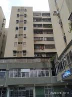 Apartamento En Ventaen Charallave, Centro De Charallave, Venezuela, VE RAH: 21-2112