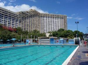 Apartamento En Alquileren Parroquia Caraballeda, Los Corales, Venezuela, VE RAH: 21-2120