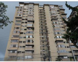 Apartamento En Ventaen Cua, Centro, Venezuela, VE RAH: 21-2129