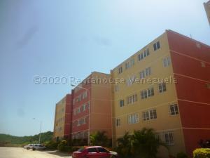 Apartamento En Ventaen Charallave, Mata Linda, Venezuela, VE RAH: 21-2154