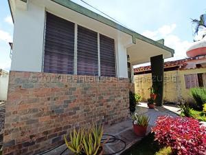 Casa En Ventaen Barquisimeto, Parroquia Concepcion, Venezuela, VE RAH: 21-2304