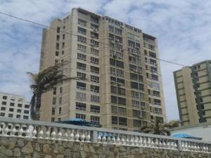 Apartamento En Ventaen La Guaira, Sector Las Quince Letras, Venezuela, VE RAH: 21-2348