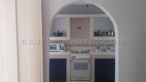 Casa En Ventaen Municipio San Francisco, El Soler, Venezuela, VE RAH: 21-2356