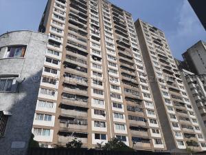 Apartamento En Ventaen Caracas, Parroquia La Candelaria, Venezuela, VE RAH: 21-2372