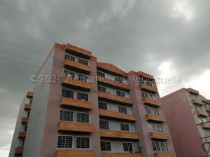 Apartamento En Ventaen Municipio San Diego, Monteserino, Venezuela, VE RAH: 21-2386