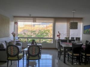 Apartamento En Ventaen Caracas, Lomas Del Sol, Venezuela, VE RAH: 21-2432