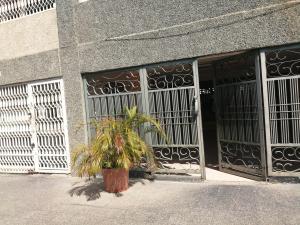 Oficina En Ventaen Maracaibo, Avenida Bella Vista, Venezuela, VE RAH: 21-2470